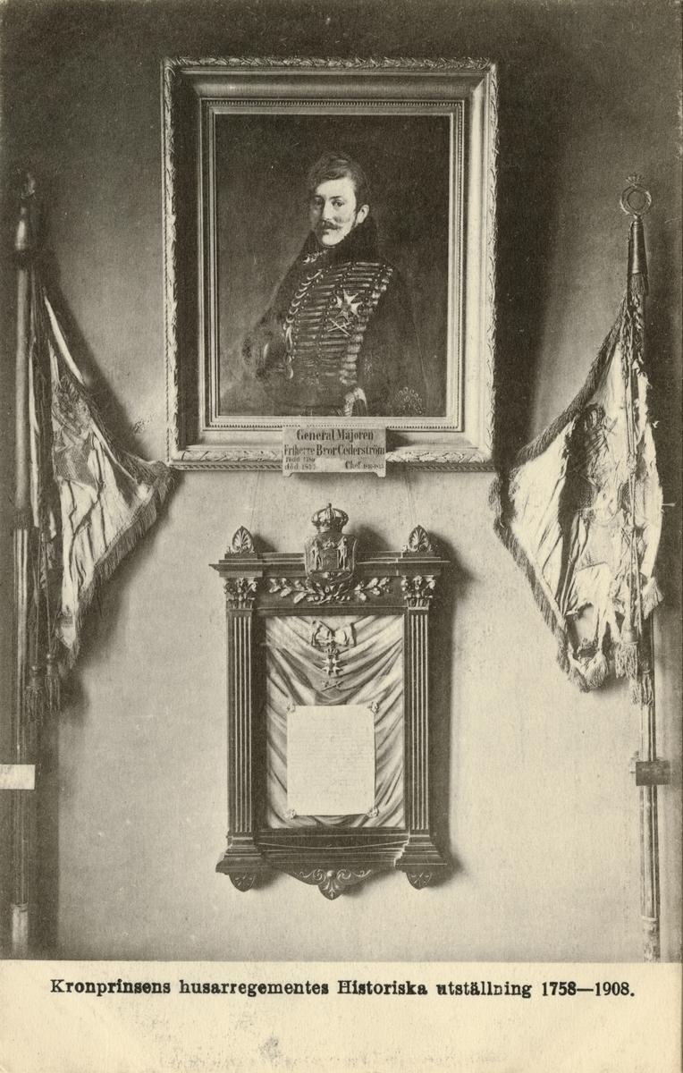 Regementschefsporträtt och standar tillhöriga Kronprinsens husarregemente.