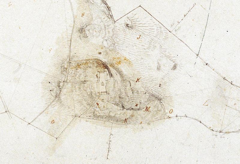 «Kart over Gaarden Ringves i Strinde Prosti geometrisk opmaalt i September 1853 af A. Holm» (Utsnitt) Her ser vi tydelig at det ligger en smal lån i tuneets sørvestre hjørne.». Foto: Ringve Musikkmuseum