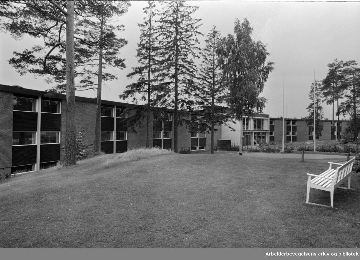Kringsjå. Odd Fellow pleiehjem åpnet for pasienter..September 1968