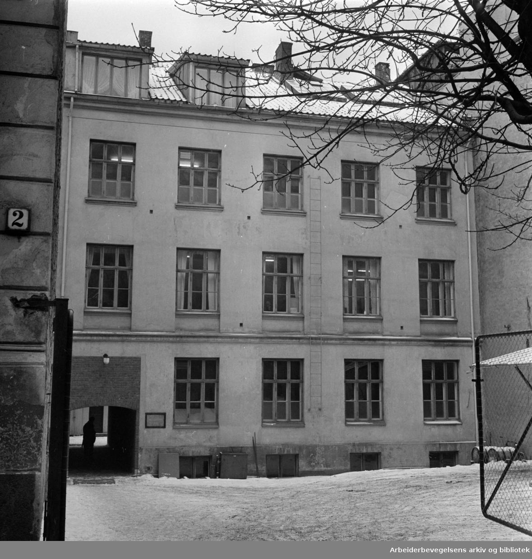 Den gamle Jernbaneskolen i St. Olavs gate 4. Februar 1960