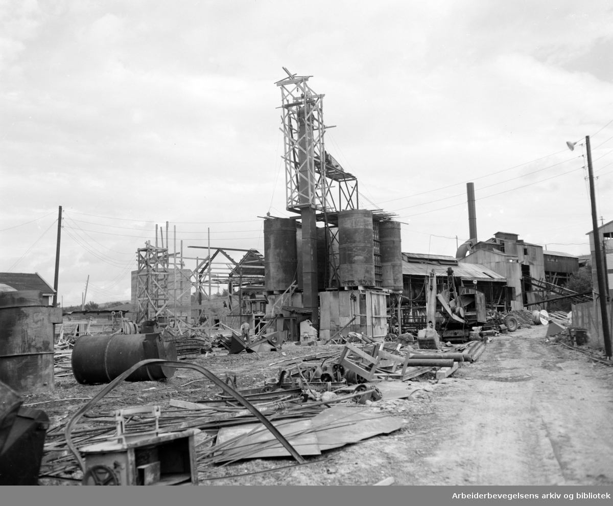 A/S Norsk Lecas fabrikk på Hovin. September 1955.