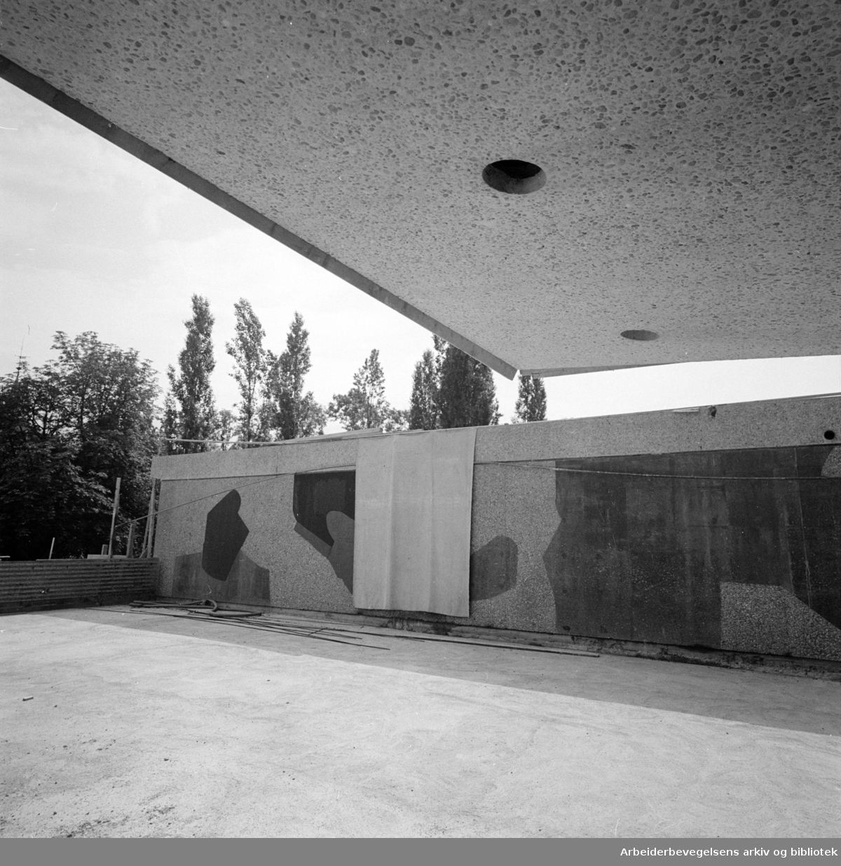 Hydros nybygg ved Solli Plass. Juli 1960