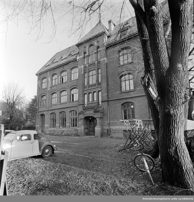 Halling skole. Oktober 1962