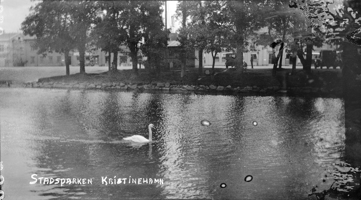 Bilsemester 1928 - stadsparken i Kristinehamn