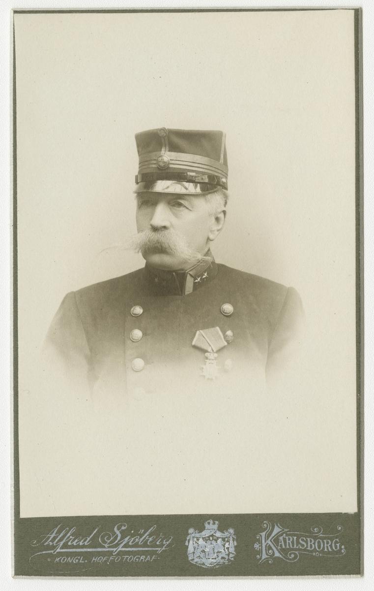 Porträtt av Otto Thomas Erhard Byström, major vid Bohusläns regemente I 17.