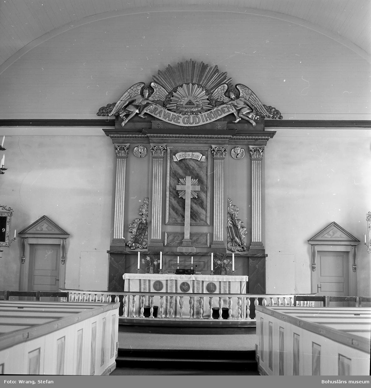 """Text till bilden: """"Krokstads kyrka. Korset. Altaruppsats, 1863""""."""