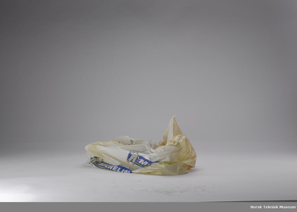 Vinterdekk i plastomslag