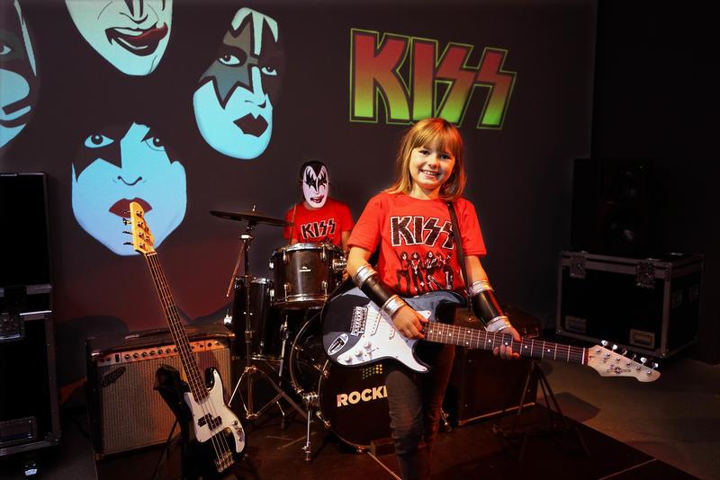 kiss_skjorter_FB_banner.jpg