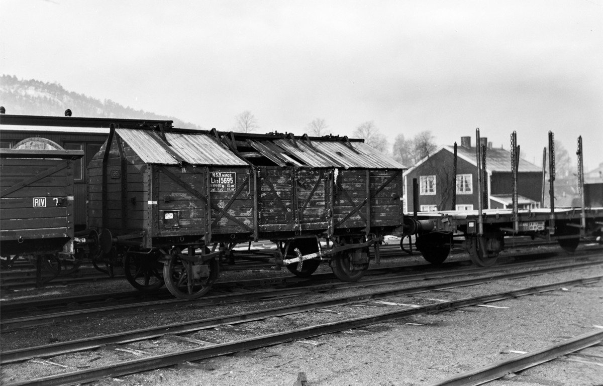 Godsvogn litre Lk 2 nr. 15695 i Lodalen i Oslo. Vognen ble benyttet til transport av kalk.