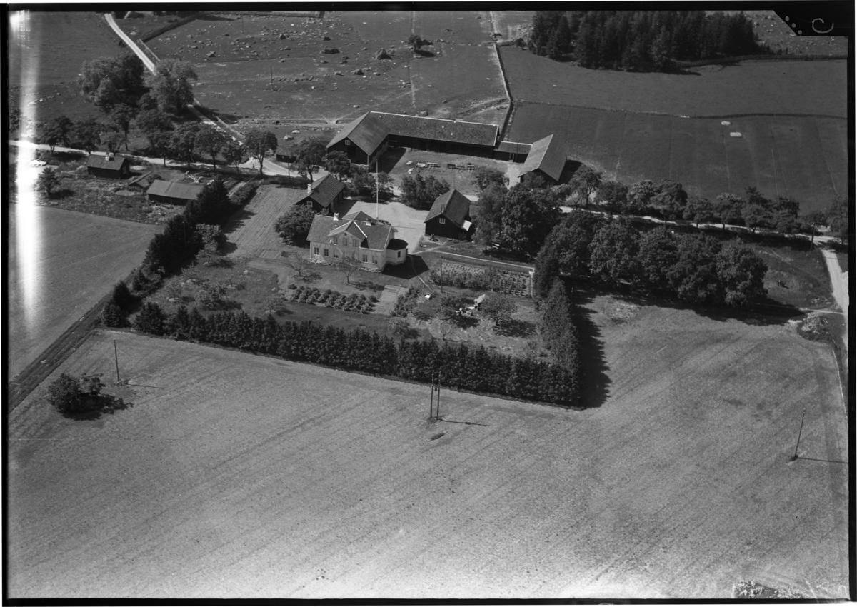 Flygbild över Nibble gård, Nibble. Tagen av Ahrenbergsflyg.