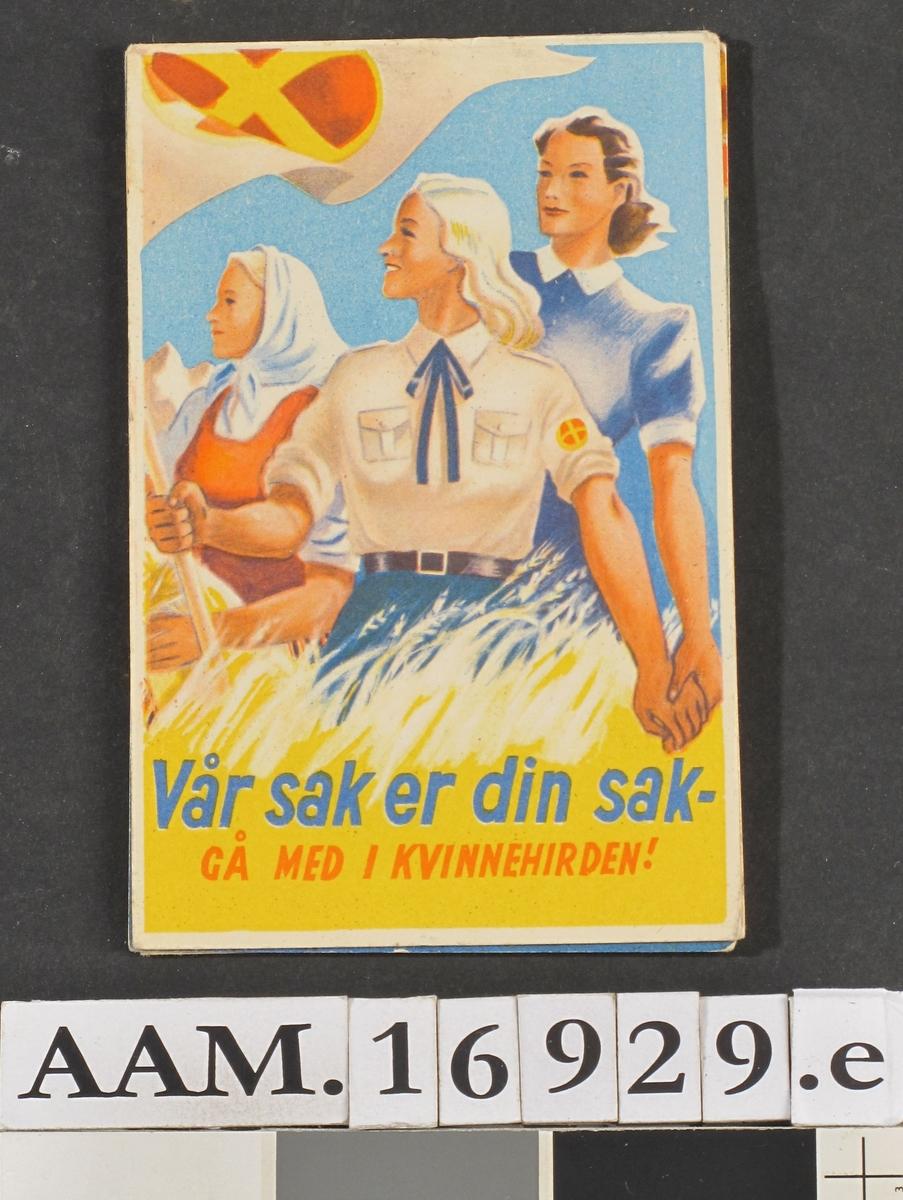 Tre kvinner i ulike drakter, sykeplerieruniform, arbeidsklær og hirduniform.