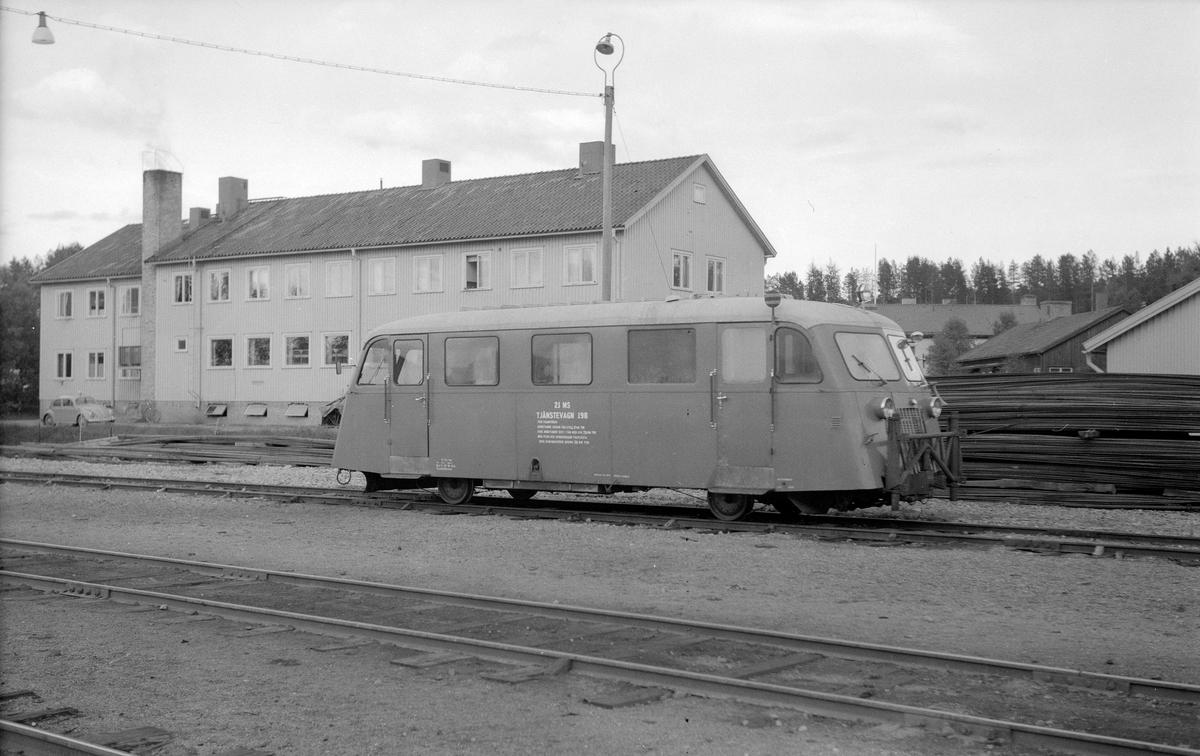Statens Järnvägar, rälsbuss ombyggd för snöröjning, plogbuss, SJ Tjänstevagn 198. Före detta SJ Y 346.