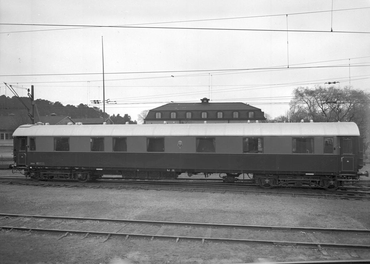 Statens Järnvägar, SJ S03 2904. HM Konung Gustav VI Adolfs salongsvagn.  Ursprungligt littera A03, 1956 ändrat till S03.