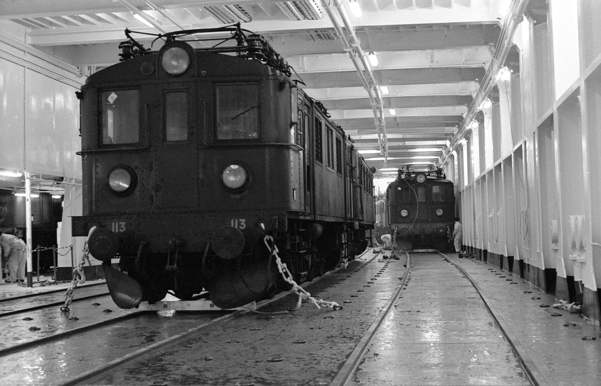 Statens Järnvägar, SJ Dg 113. Tågfärjan M/S Götaland, interiör