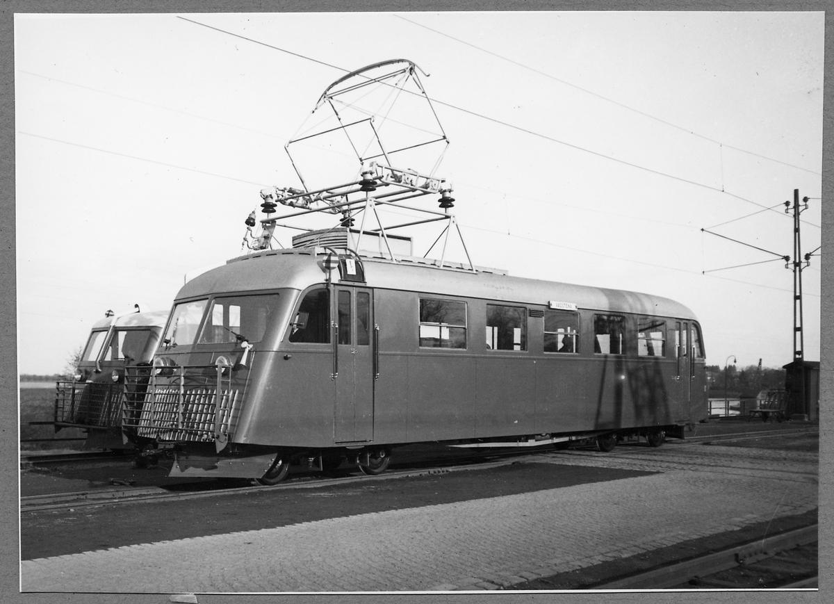 Mellersta Östergötlands Järnvägar, MÖJ Y2B rälsbuss 1 eller 2.