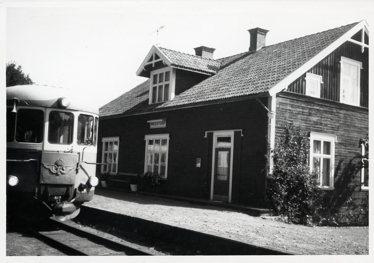 Statens Järnvägar, SJ Yp 873 vid Mosstorp station.