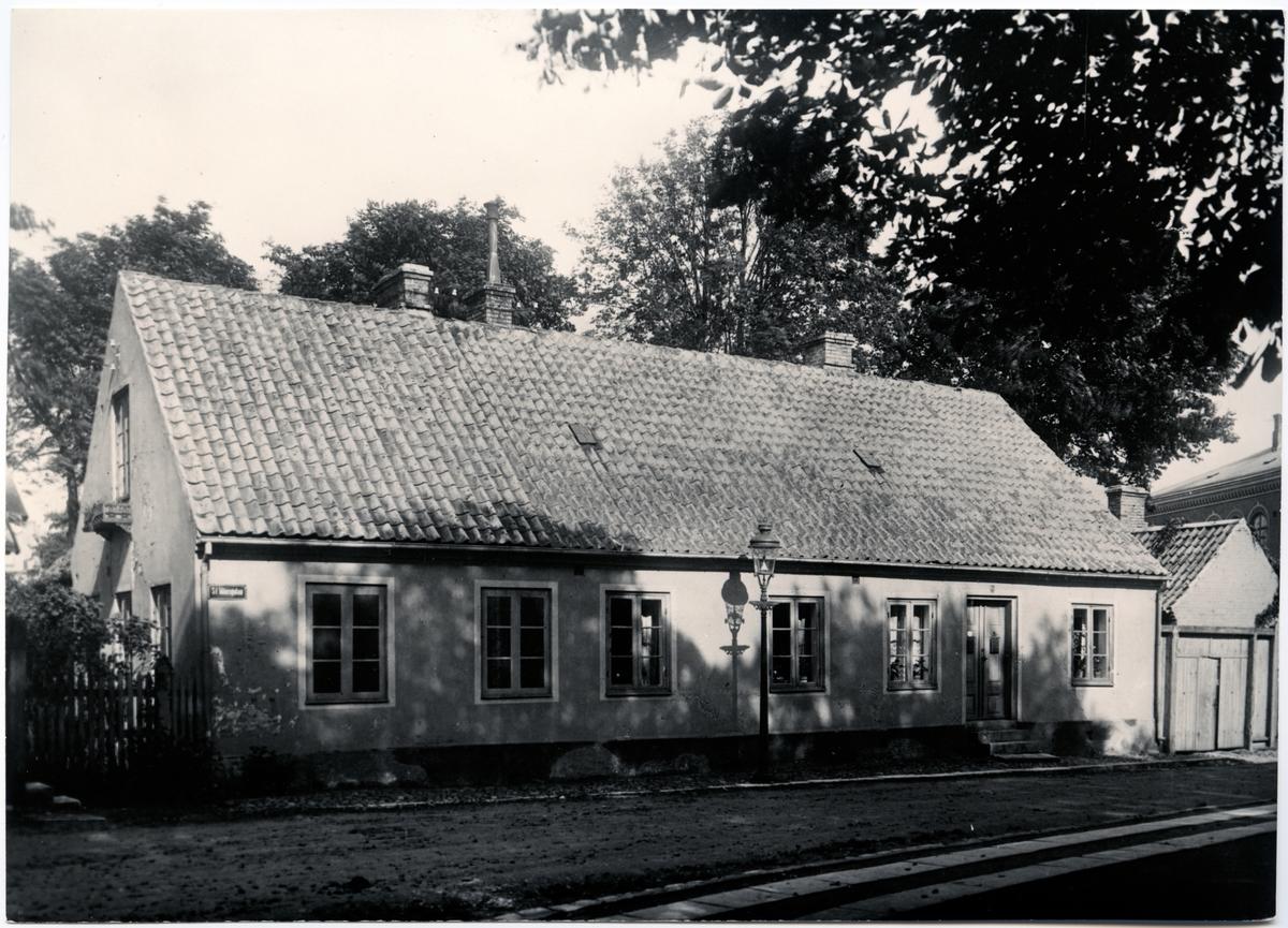Järnvägens första byrå i Lund i närheten av Höjevall