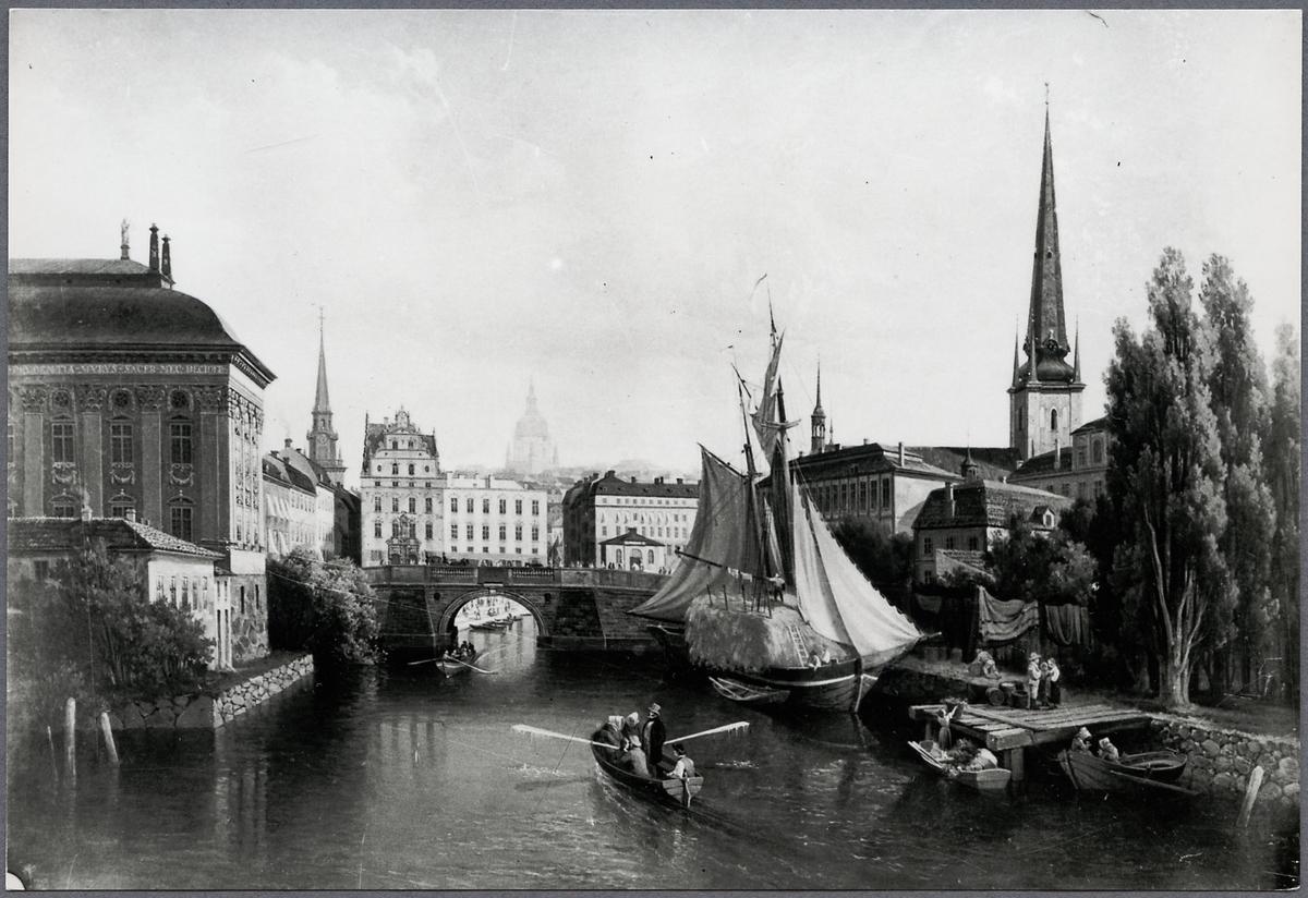 Stockholm, Riddarholmskanalen på 1830-talet. Med Palmstedtska bron och gamla spiran på Riddarholmskyrkan. Sammanbindningsbanan går nu på västra stranden.
