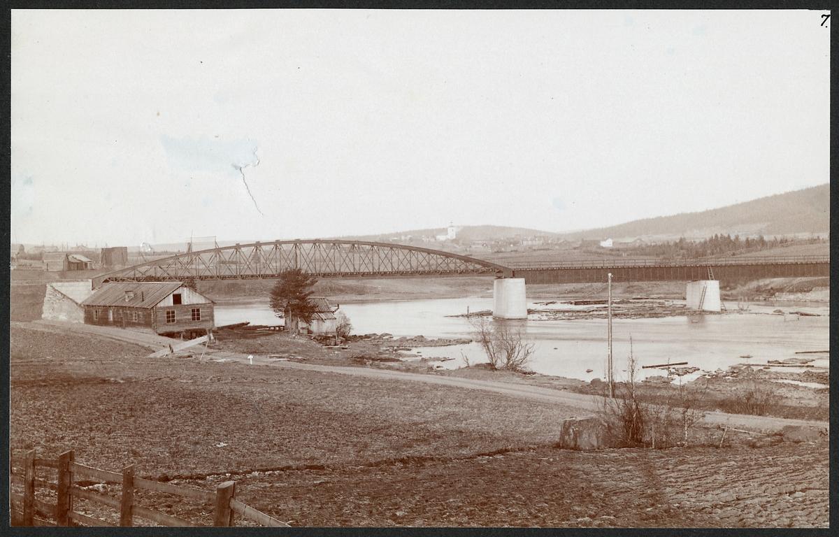 Gamla bron över Faxälven vid Långsele.