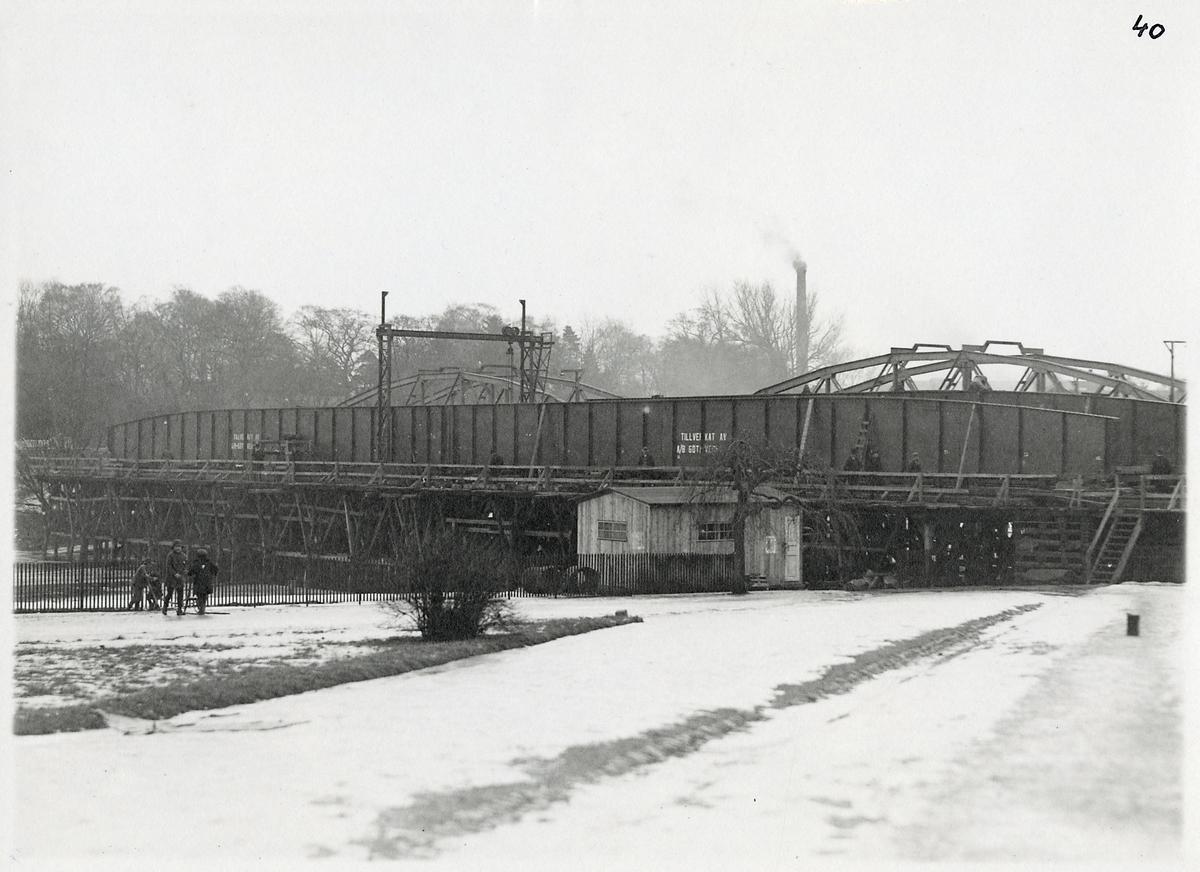 Byte av överbyggnaden på järnvägsbron över Nissan i Halmstad.