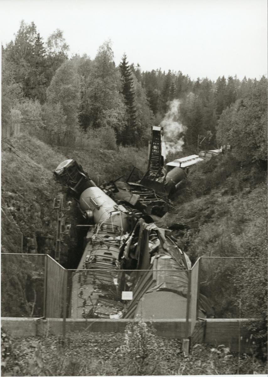 Tågolycka öster om Hindås. På linjen mellan Härryda och Rävlanda.