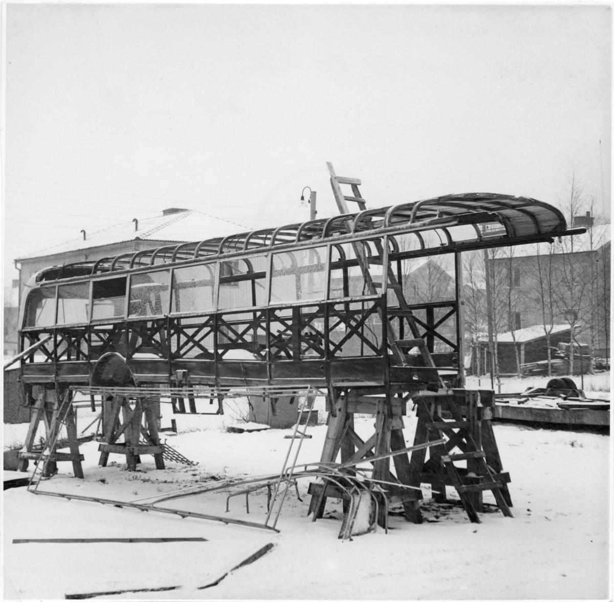 Statens Järnvägar, SJ Buss 1071, revision efter kollision.