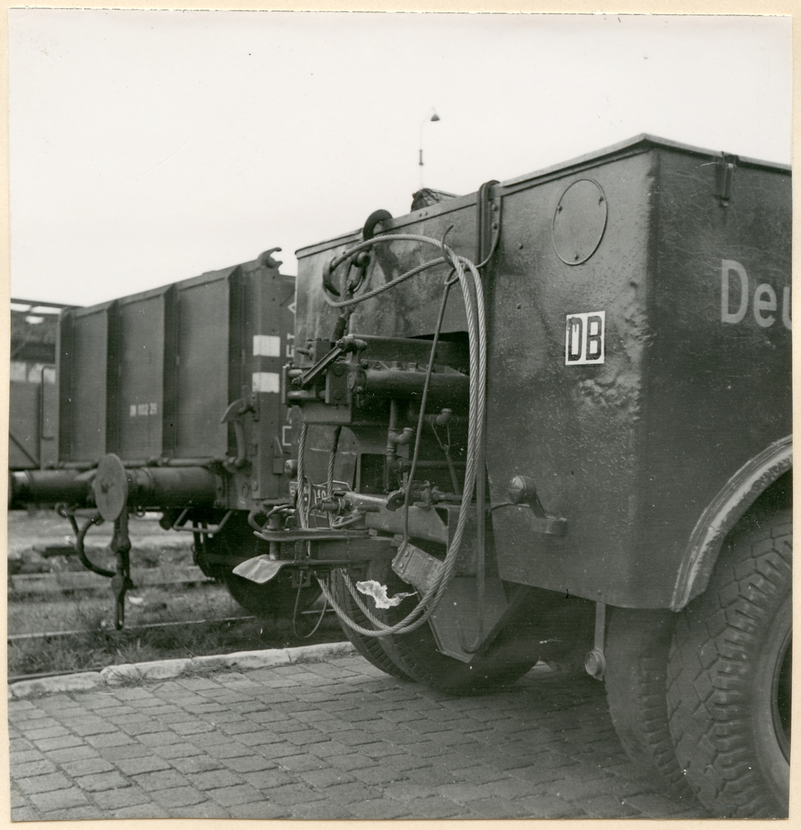 Bakdel av Deutsche Bundesbahn lastbil.