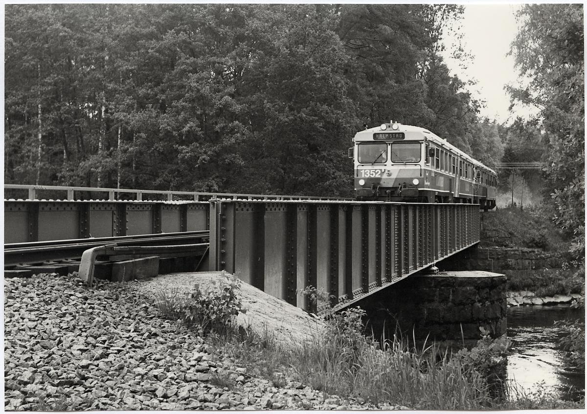 Järnvägsbro över Nissan på linjen mellan Oskarström och Sennan.