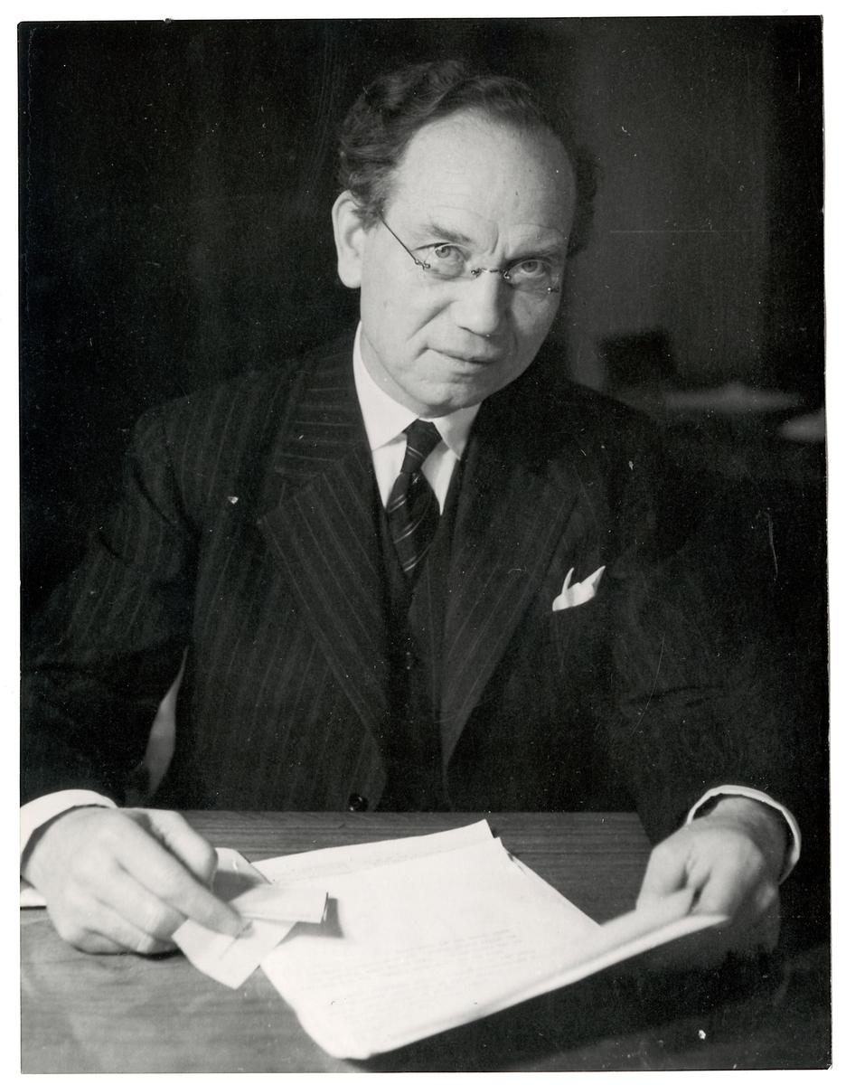 Diretör Albin Johansson.