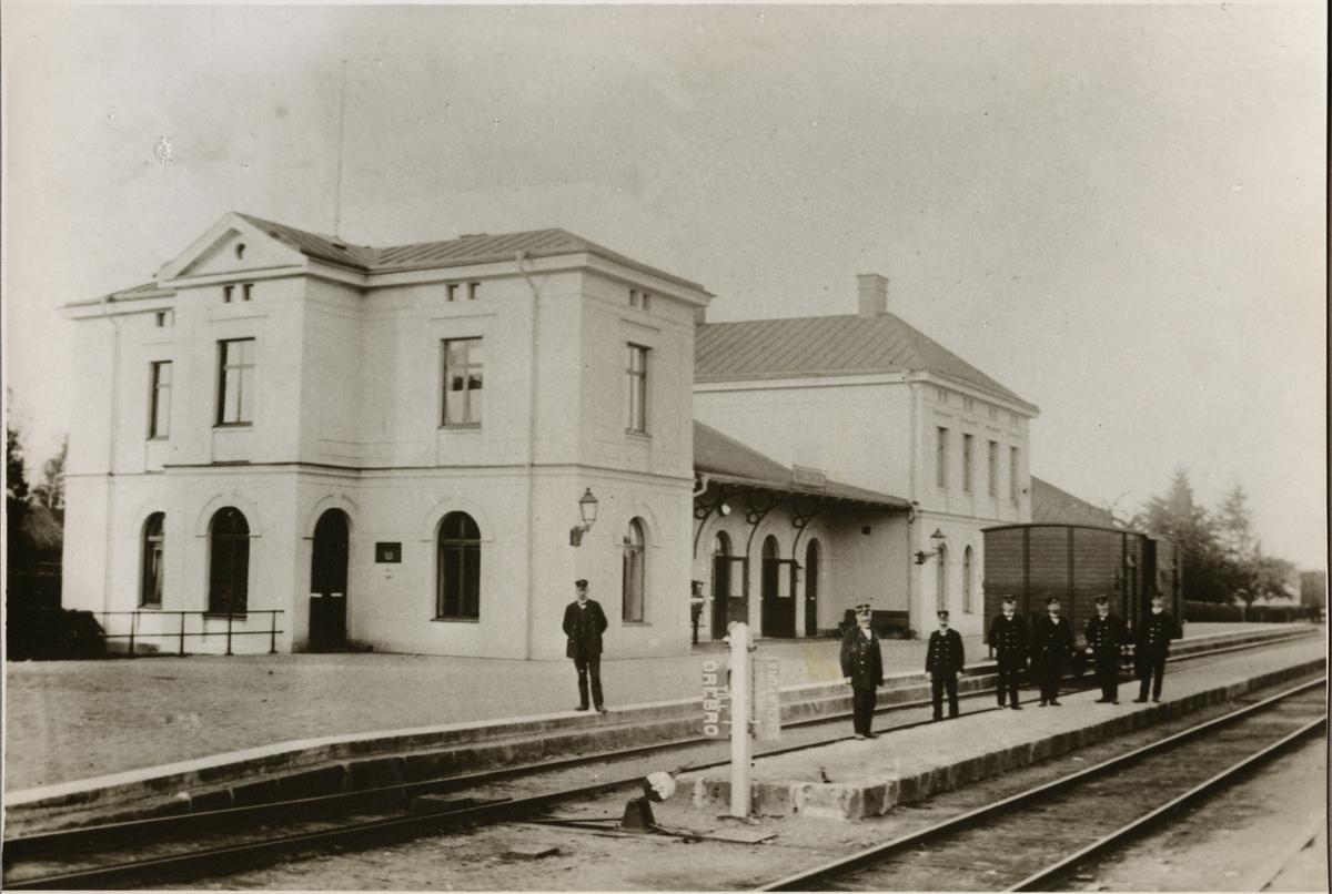 Valskog station.
