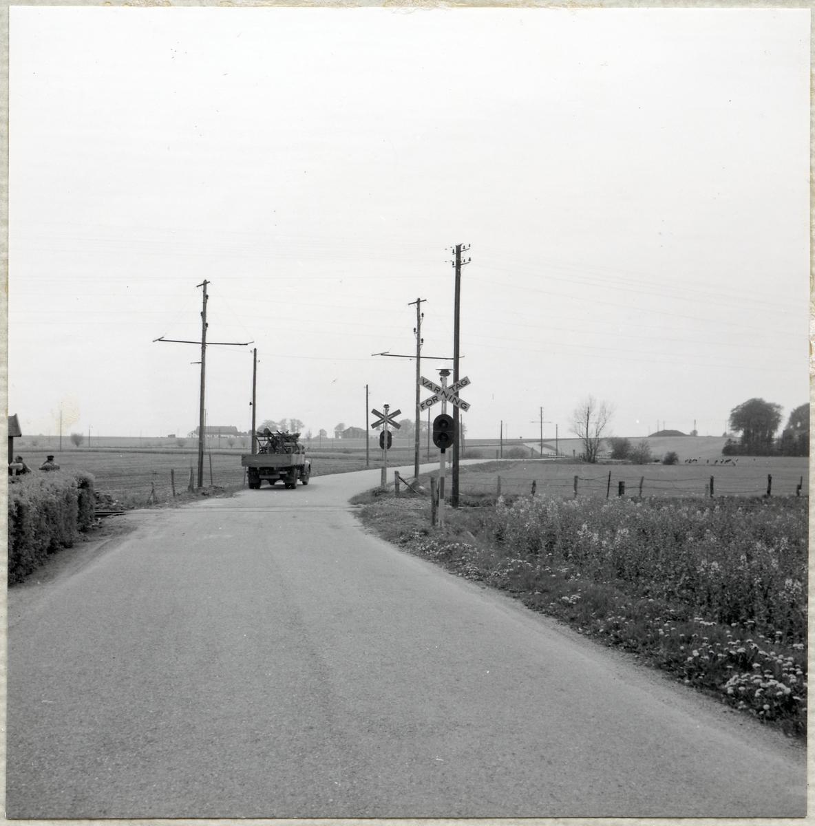 Järnvägsövergång vid Oxievägen.