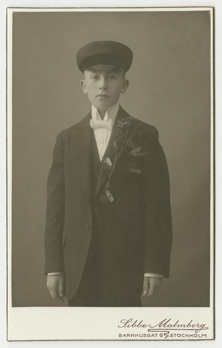 Porträtt av okänd pojke.