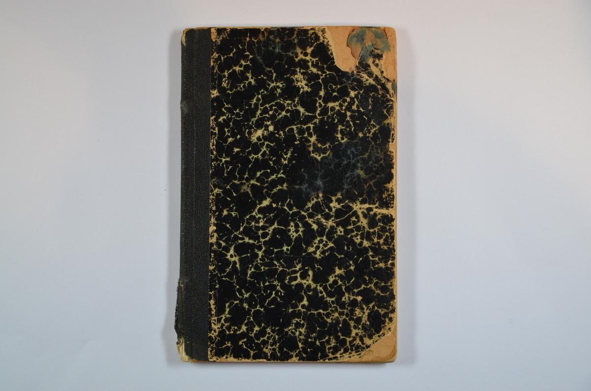 Kortfattet Bibelhistorie, tredje utgave, H. Meyers boktrykkeri 1925. 84 sider. Kai Feinbergs signatur på forsiden. Tegning på baksiden.