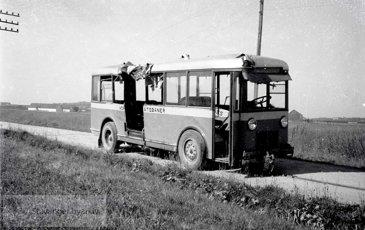 Norges statsbanebuss påkjørt