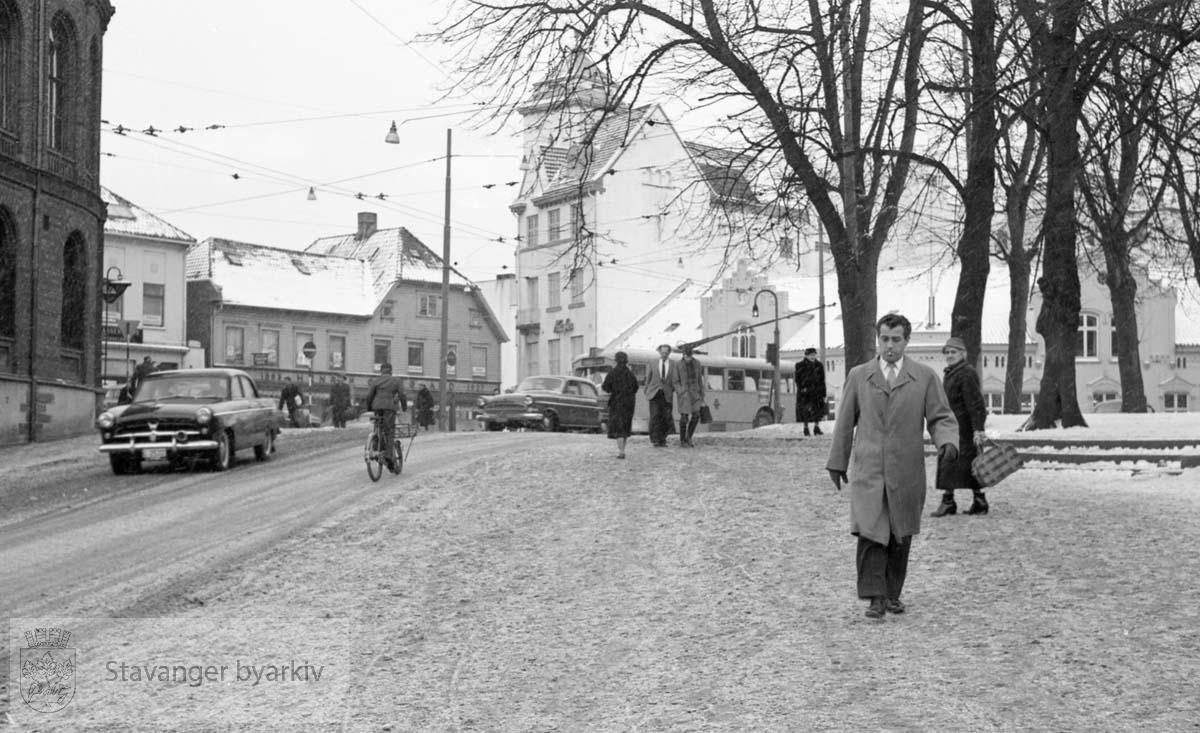 Haakon VIIs gate mot bankplassen