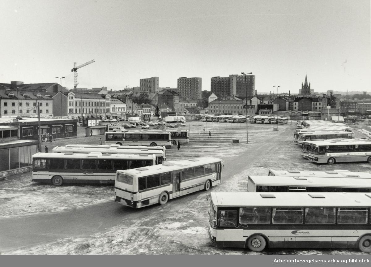 Grønland torg. 28. desember1987