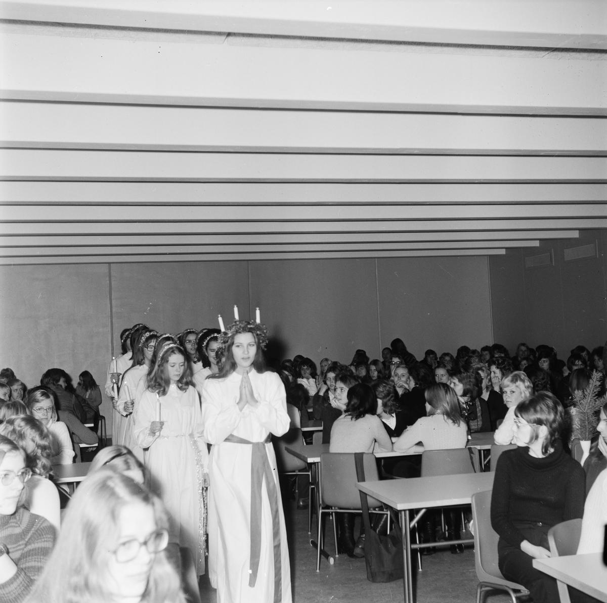 Lucia Carina Lyxell, Högbergsskolan, Tierp, Uppland, december 1971