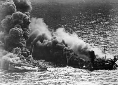 36_Allied_tanker_torpedoed.jpg