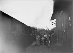 Tåg vid Riddarhyttans första järnvägsstation.