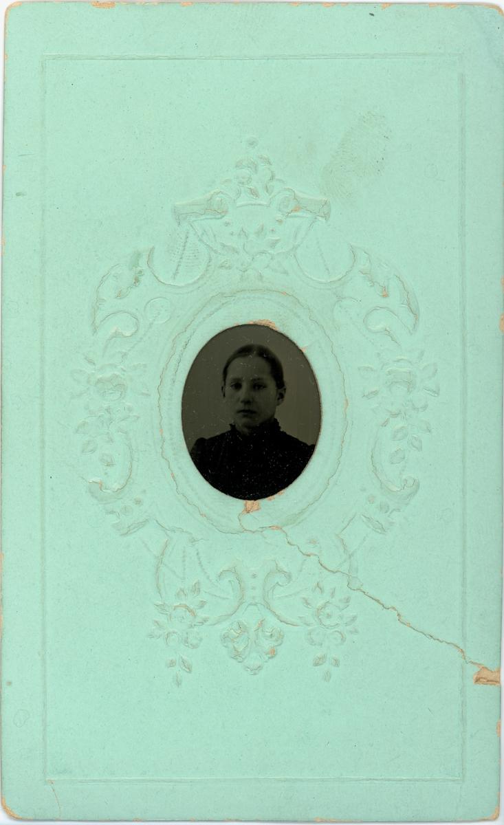 Kabinettskort - Flicka, sannolikt Uppsala, omkring 1880