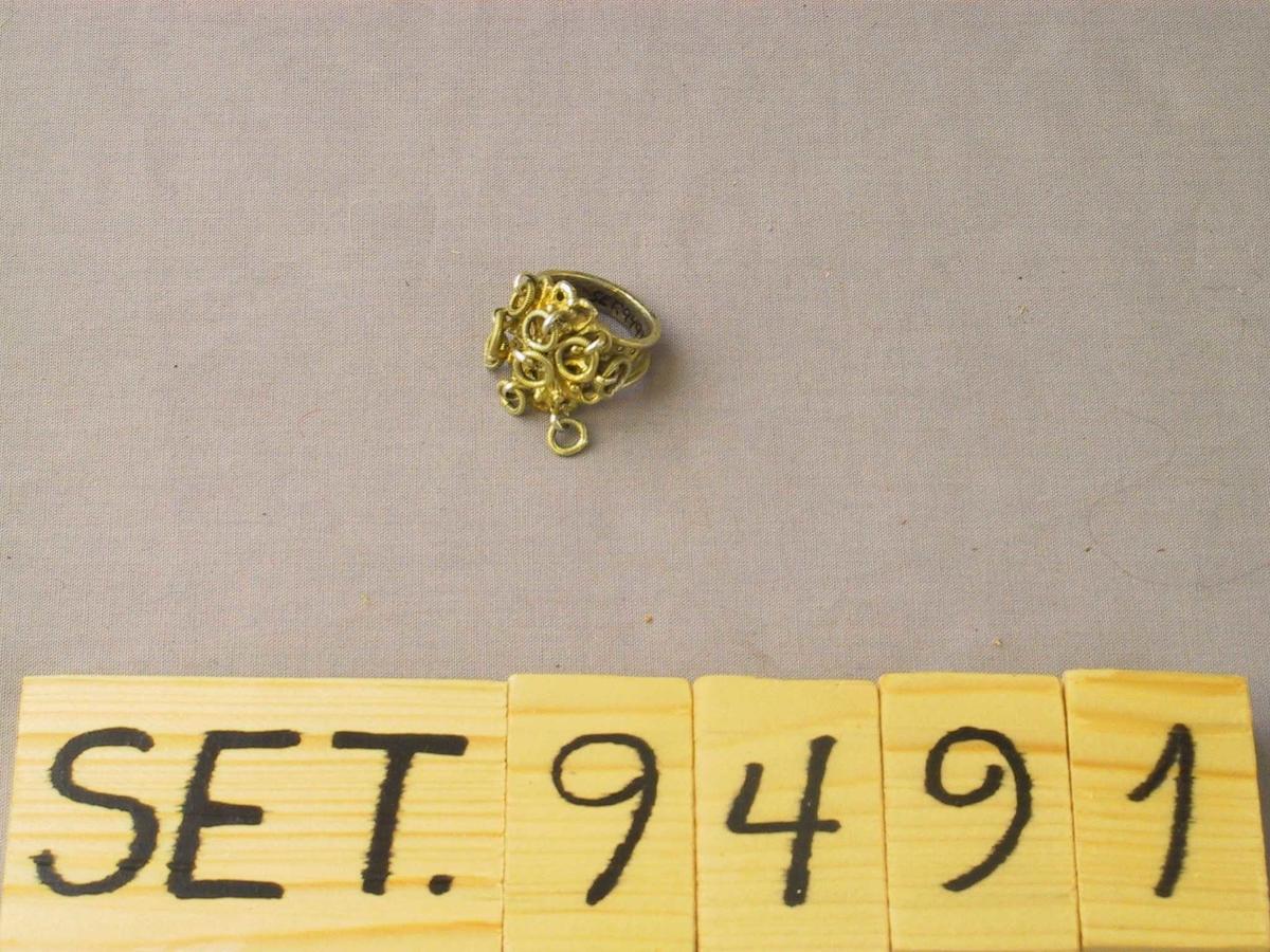 Rosett med små ringar