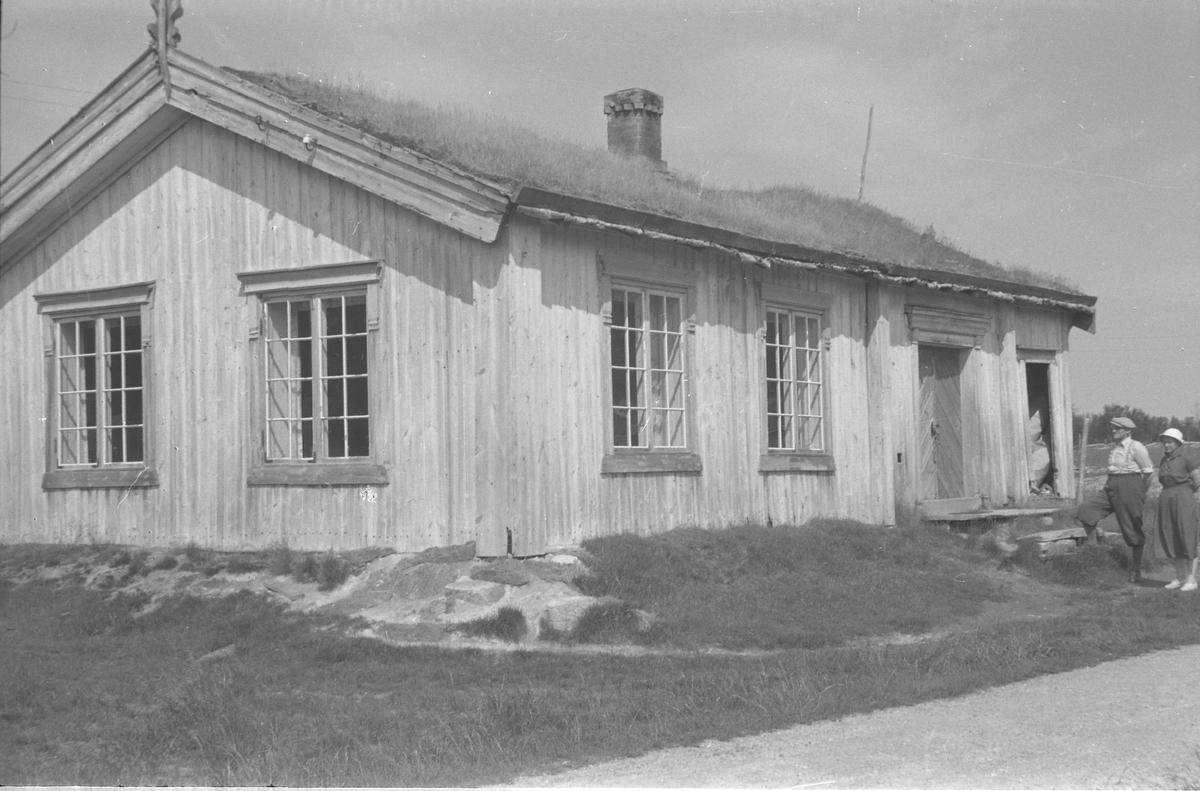 Holøydalen skole, som eg(H.S.) ville hatt til GM, Tolga. foto H. Skirbekk