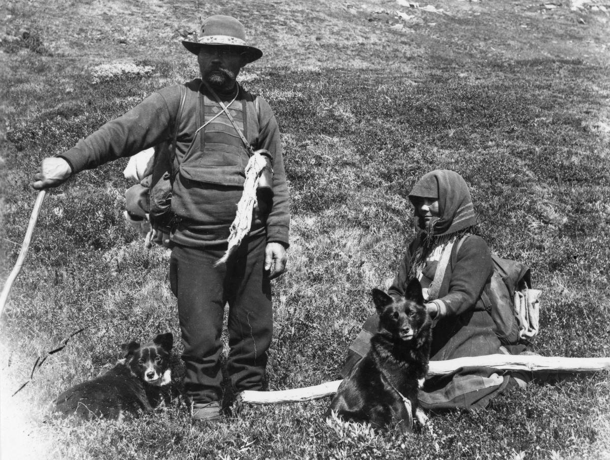 Sigrid og Lars Jonsen på fjellet.