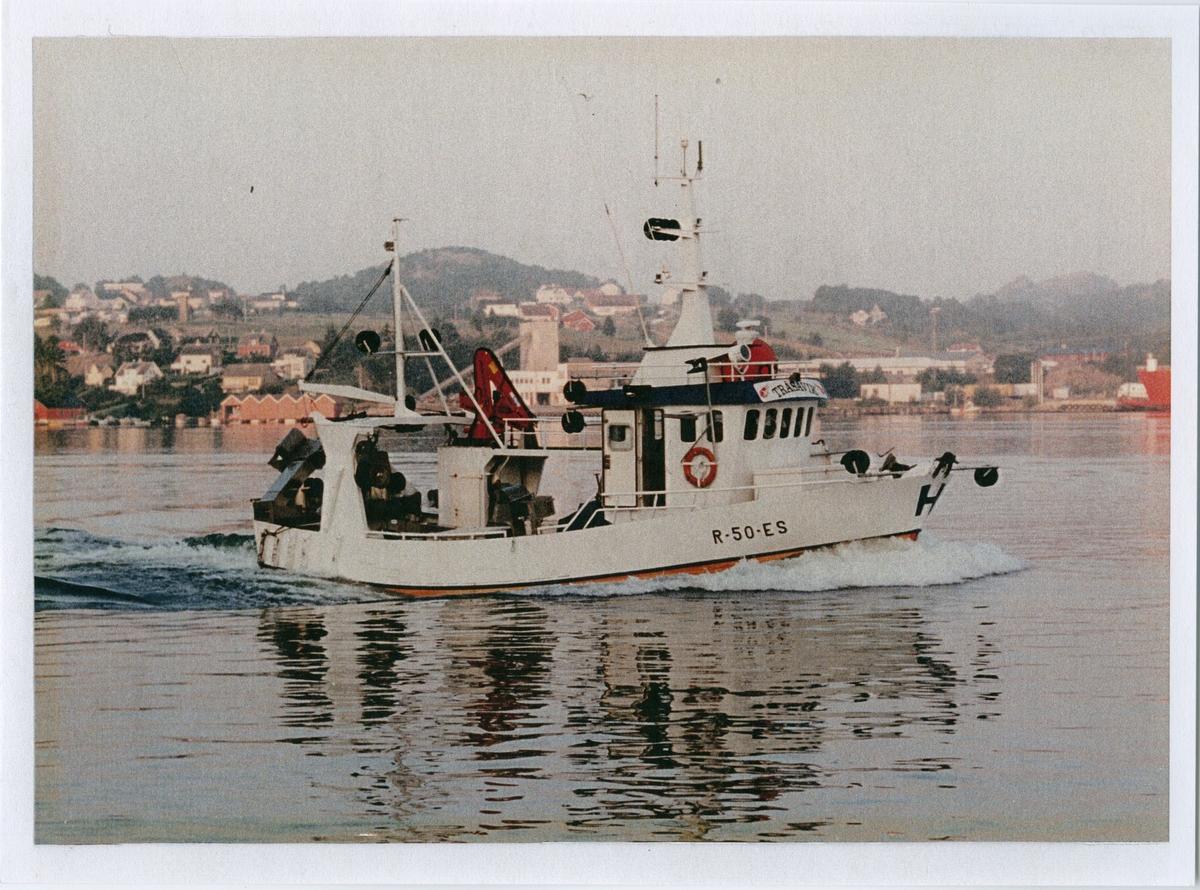 """Båten """"Tråsavik"""" ved Egersund"""