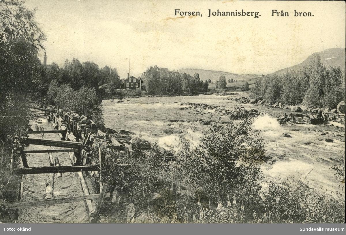 Vykort med motiv över forsen från bron i Johannisberg.