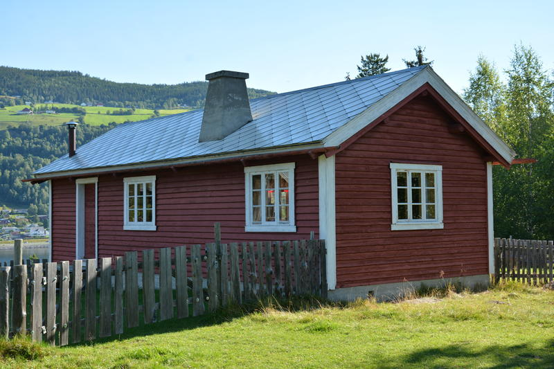 Selet på Tvengjistølen vart bygd på 1940-talet, og stod på Nørre Trøllhøvd i Vestre Slidre statsallmenning. Det vart flytt til Valdres Folkemuseum kring år 2000. (Foto/Photo)