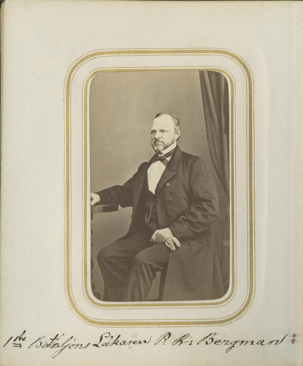 Porträtt av Pehr Reinhold Bergman, förste bataljonsläkare vid Andra livgrenadjärregementet I 5.