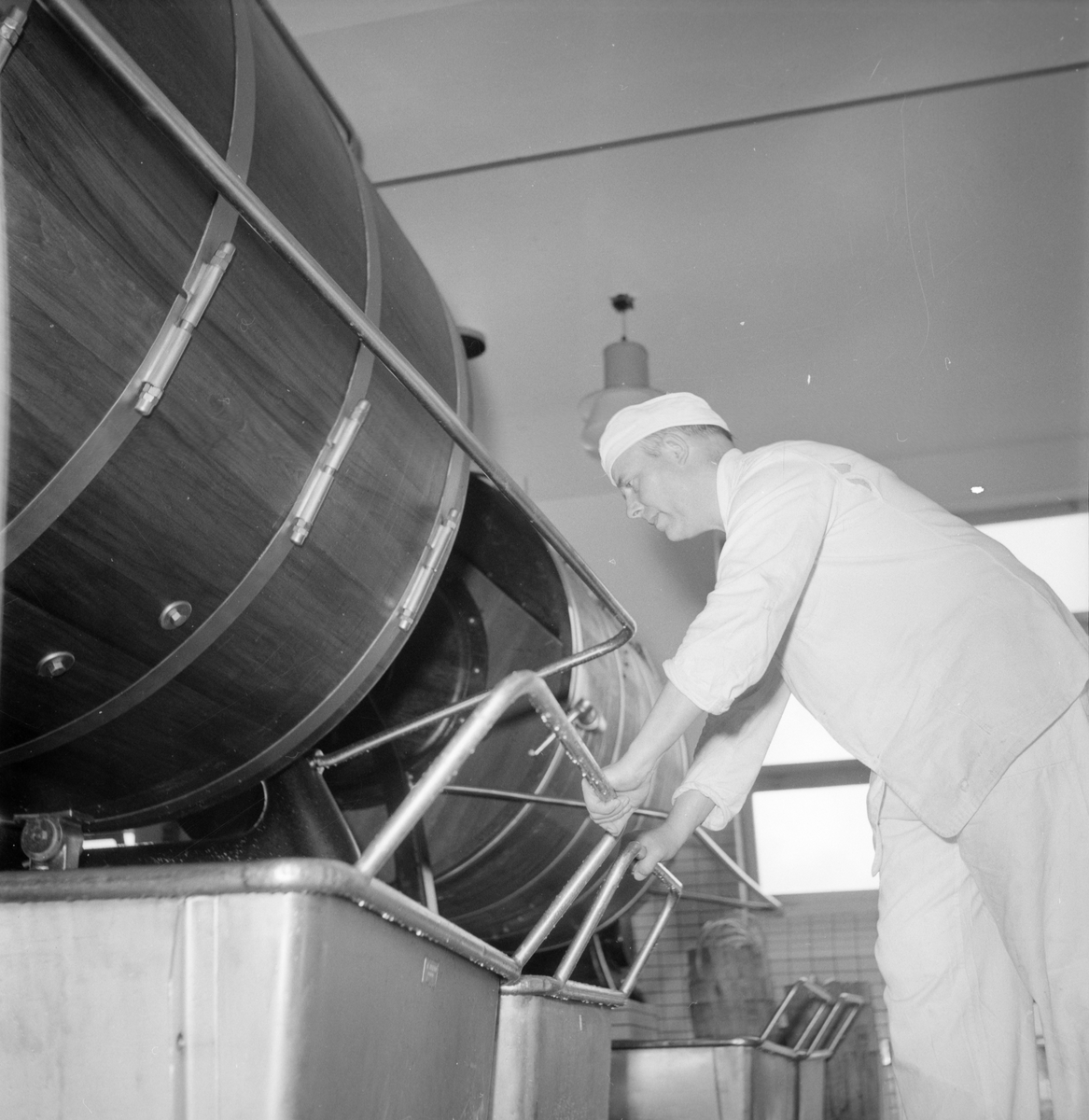 Gävle Mejeri. 9 augusti 1953. Reportage Gefle Dagblad.