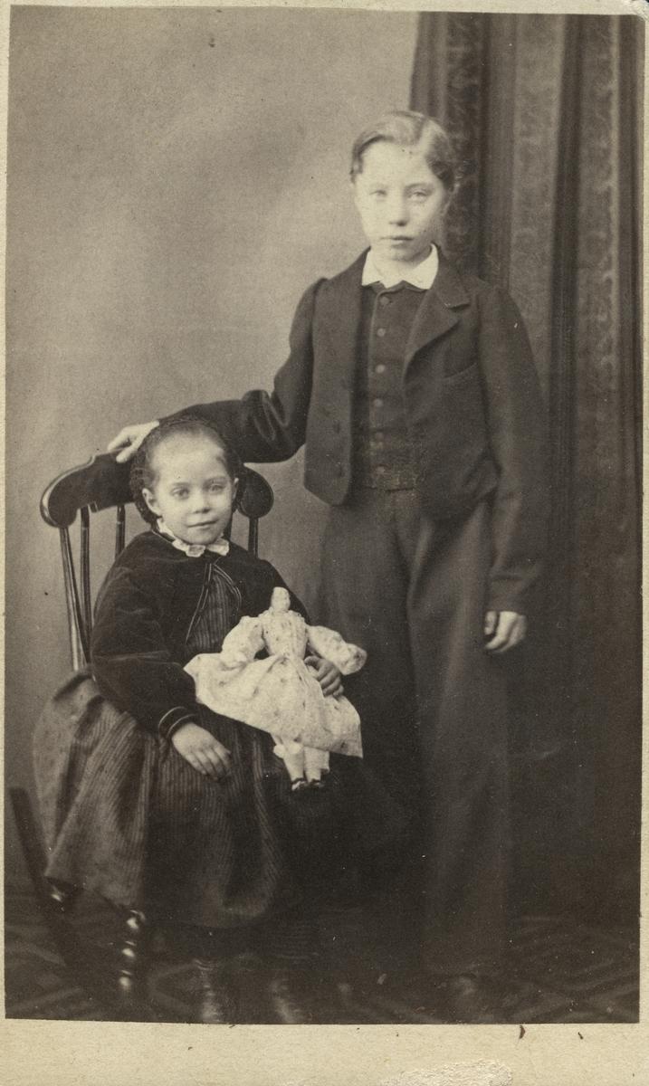 Julia och Robert Bäcklin.