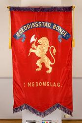 Fane til Fredrikstad Bondeungdomslag. Forside.